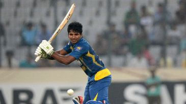 Kusal Perera goes on the offensive