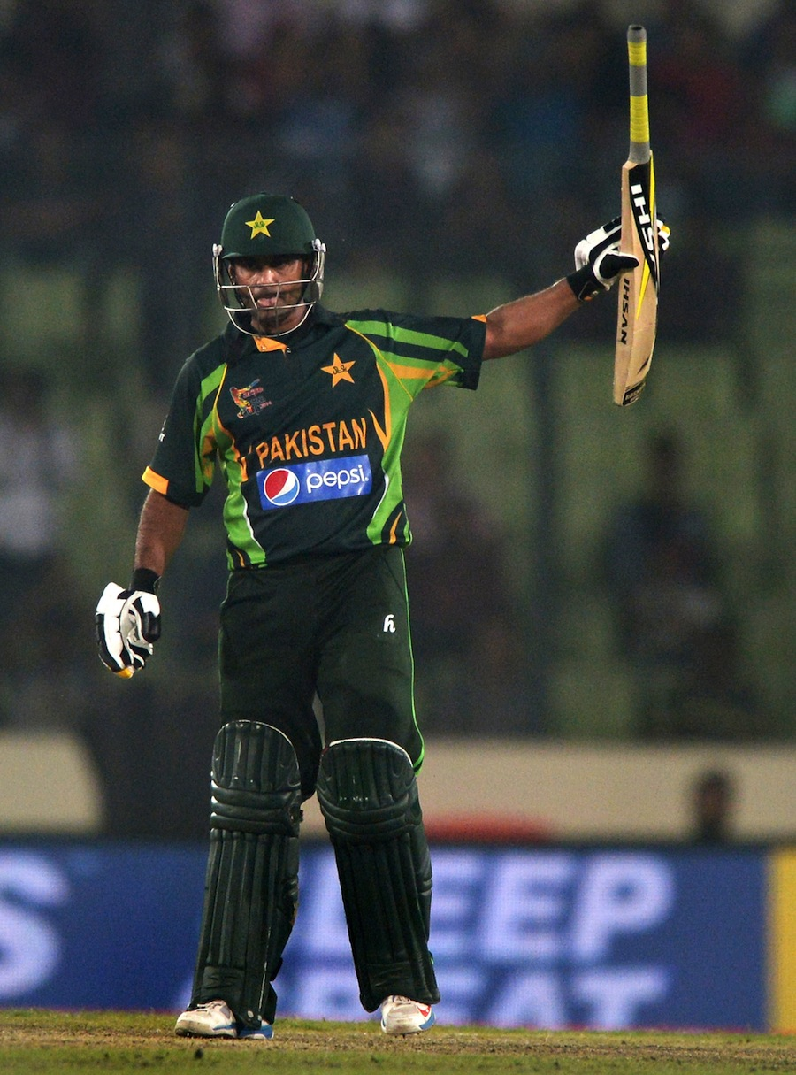 Mohammad Hafeez put together a period of risk-free accumulation for Pakistan