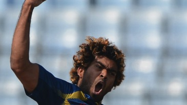 Lasith Malinga struck thrice in his first spell