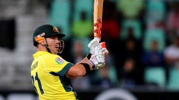 David Warner swivels one around behind square