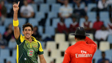 Mitchell Starc wins an lbw appeal early in the innings