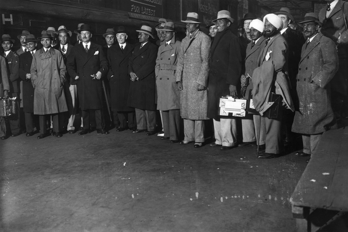 The 1932 All-India side arrive at Victoria Station