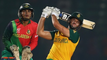 Albie Morkel clouted 27 off 12 balls