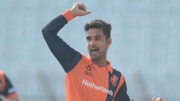 Ahsan Malik  celebrates Hashim Amla's wicket