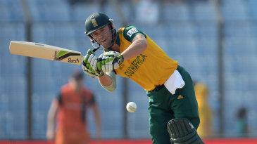 AB de Villiers plays a leg-side flick