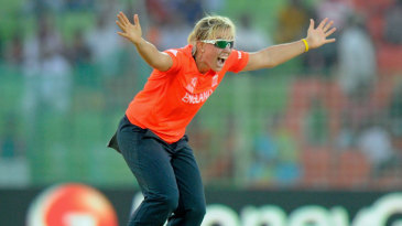 Danielle Hazell appeals for a wicket