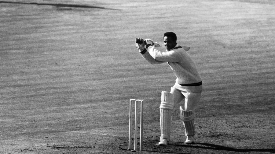 Garry Sobers hooks on his way to 102