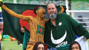 Bangladesh and Pakistan fans have some fun before the game