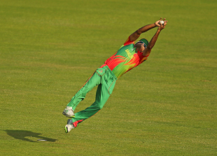 A bit of athleticism from Ziaur Rahman got rid of Kamran Akmal, Bangladesh v Pakistan, World Twenty20, Group 2, Mirpur, March 30, 2014
