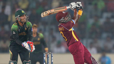 Dwayne Bravo belted four sixes in his 46