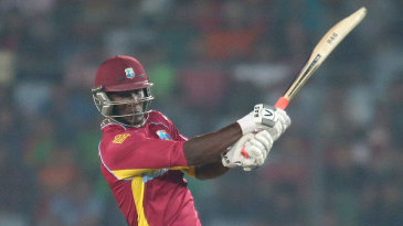 Darren Sammy finished the innings with an electric 42 off 20 balls