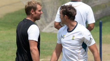 Look who's here: Shane Warne turns up at South Africa nets