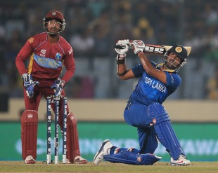 Lahiru Thirimanne lifted Sri Lanka with a lively 44
