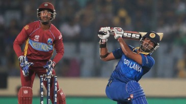 Lahiru Thirimanne slog sweeps over deep midwicket