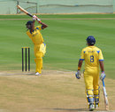 B Aparajith goes over the top, Kerala v Tamil Nadu, Syed Mushtaq Ali Trophy, Visakhapatnam, April 4, 2014