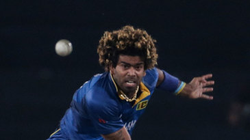 Lasith Malinga hurls in a delivery