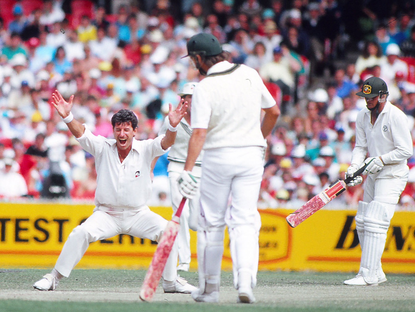 Richard Hadlee celebrates a wicket, Australia v New Zealand, 3rd Test, MCG, 3rd day, December 28, 1987
