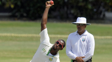 Shane Shillingford took two wickets in the innings