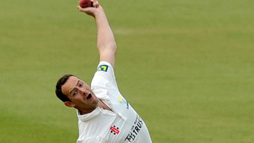 Dean Cosker picked up 1 for 55 as Glamorgan's bowlers struggled