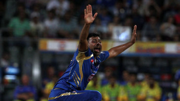 Praveen Kumar made the first breakthrough
