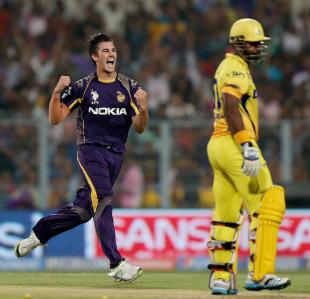 Pat Cummins swung one through Dwayne Smith's defence, Kolkata Knight Riders v Chennai Super Kings, IPL 2014, Kolkata, May 20, 2014