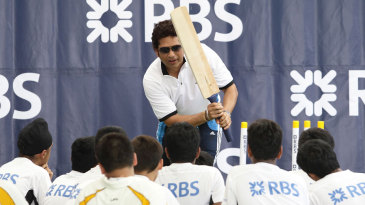 Sachin Tendulkar provides a batting seminar