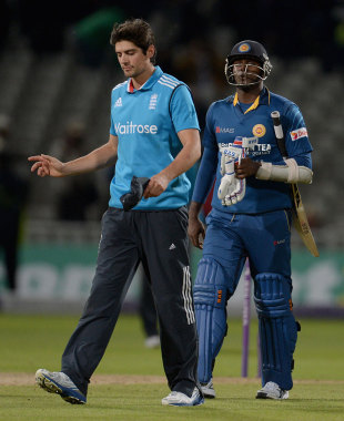 Alastair Cook was unhappy with Angelo Mathews' decision to uphold the run-out of Jos Buttler