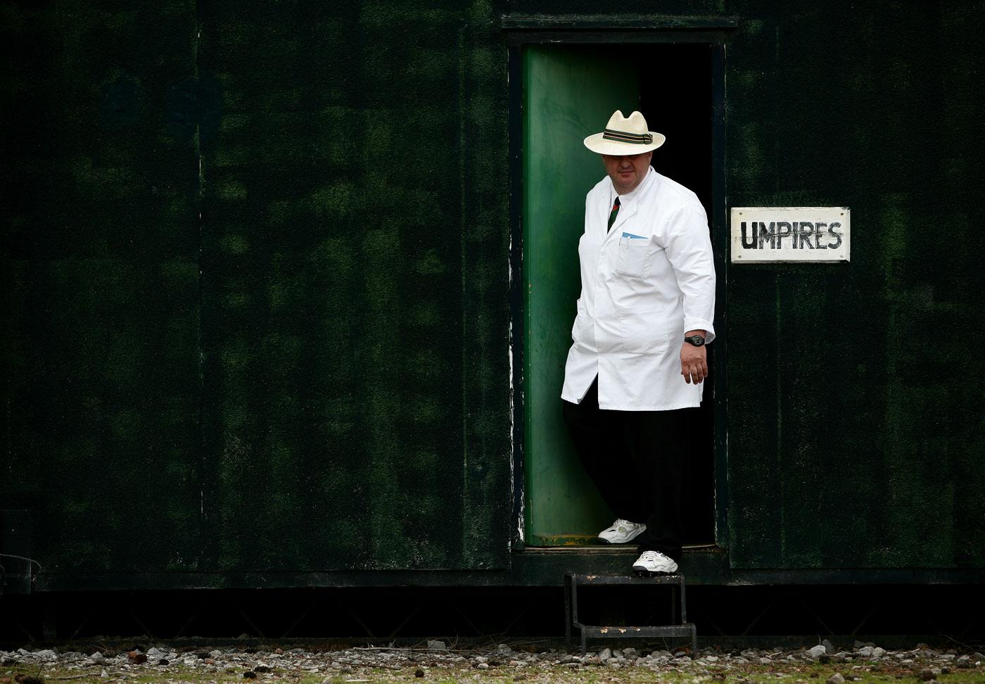 Amateur Umpire 105