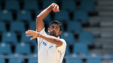 Ish Sodhi in action