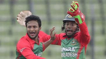 Shakib Al Hasan exults after having Suresh Raina caught behind