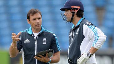 Alastair Cook discusses his game with batting coach Mark Ramprakash