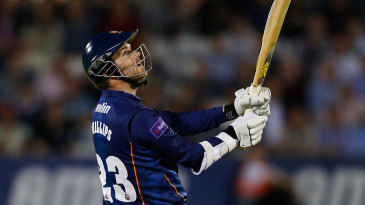 Tim Phillips took Essex to victory