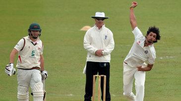 Ishant Sharma bowls to Greg Smith