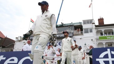 MS Dhoni leads his troops in on the third morning