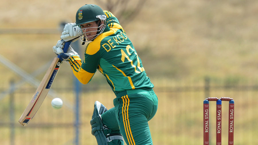 Quinton de Kock steers one behind square
