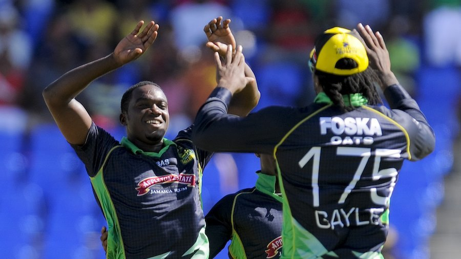 Bowlers take Tallawahs to convincing win