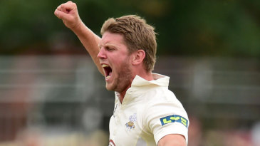Stuart Meaker celebrates the wicket of Daniel Bell-Drummond