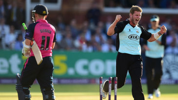 Stuart Meaker took career-best T20 figures of 4 for 30