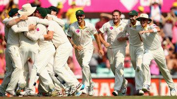 Australia celebrate the Ashes win