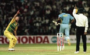 India v Australia, Titan Cup, match three , Bangalore , day/night, 21 Oct 1996