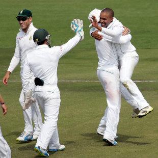 Amla applauds sa for 39 smart cricket 39 cricket espncricinfo for Smart cricket