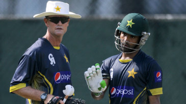 Asad Shafiq has a chat with Grant Flower