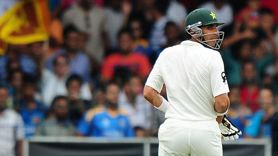Misbah-ul-Haq walks off after being dismissed for 3