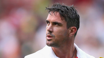 Kevin Pietersen walks back