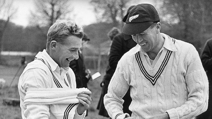 Bert Sutcliffe and Jack Cowie in 1949
