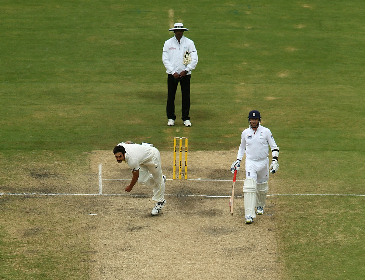 Matt Prior avoids a bouncer by Mitchell Johnson
