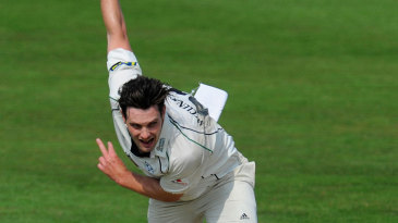Mitchell McClenaghan races into bowl