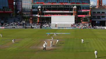 The final day of the season unfolds under autumn sun at Old Trafford