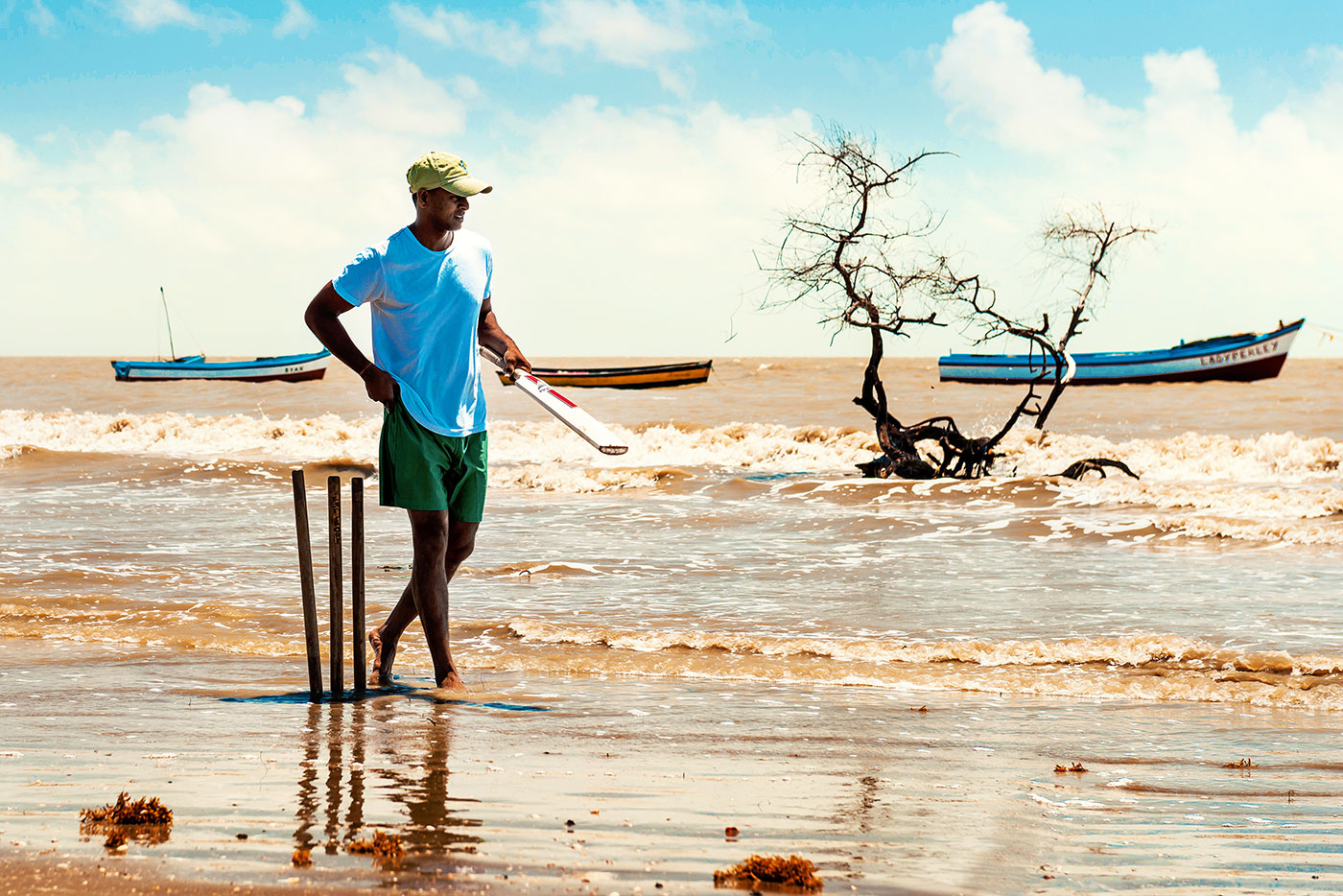 Shivnarine Chanderpaul gets ready for beach cricket