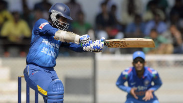 Upul Tharanga scored the only fifty in the Sri Lankan innings